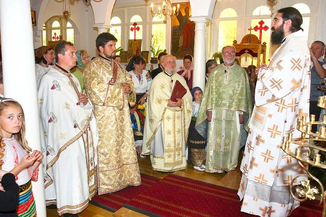 2010 06 05 - 2010 06 06 Liturghie Arhierească la Dublin (Irlanda)/ Liturgie Pontificale à Dublin (Ireland)