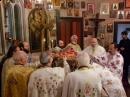 Crezul, cu aerul peste capul episcopului
