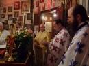 Preoţi în altar