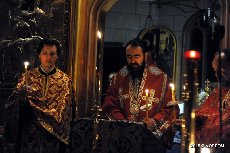 2015-04-09 Denia celor 12 Evanghelii la catedrala Sf.Arhangheli din Paris